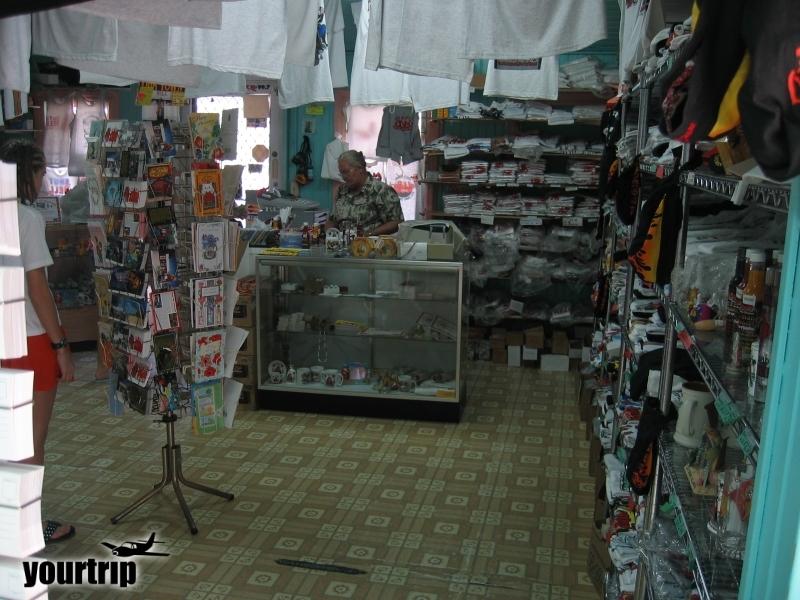2004-12-30_aida_cayman-island_036