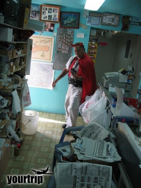 2004-12-30_aida_cayman-island_037