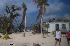 2004-12-30_aida_cayman-island_029